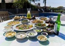 image achozat-pamonim-breakfast-01-jpg