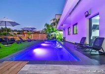image nof-ilay-yard-pool-22-jpg