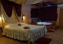 image shira-bayar-cabin-07-jpg